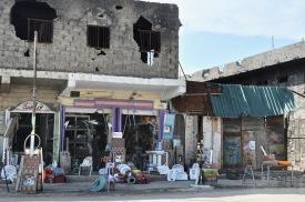 Läden entstehen im Erdgeschoß von zerstörten Häusern