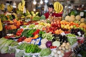Frisches Obst und Gemüse am Markt in Dohuk, Kurdistan