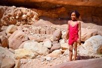 Wadi Numeira - Mädchen beim Baden