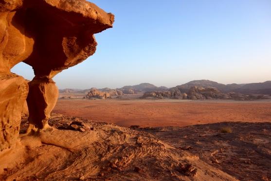 01 Wadi Rum, ein Drama aus Sand, Stein, Farben und Licht. Ein Ort der Stille und Leidenschaft.